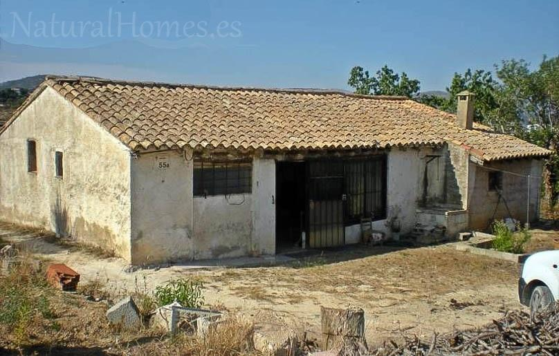 Casita for renovation in Benissa