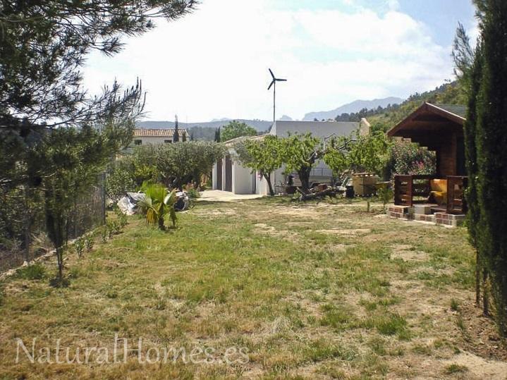 Serene finca in quiet area of Jalon