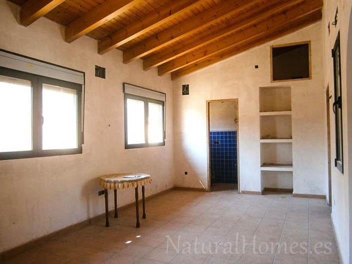 Rebuilt townhouse in Benichembla