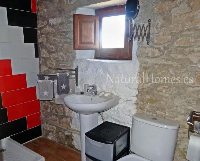 Delightful Stone Cottage