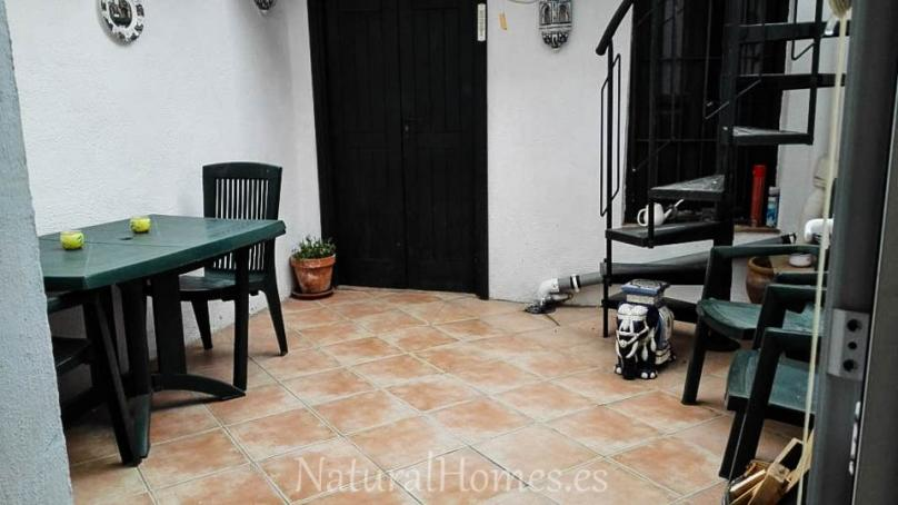 Townhouse with patio